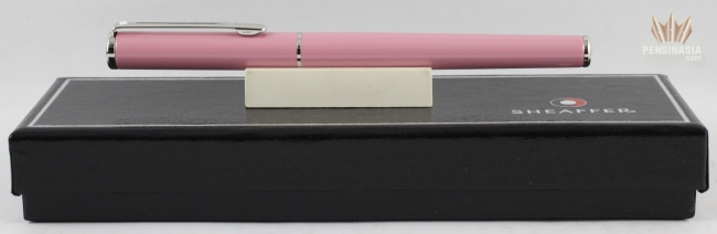 SHEAFFER AGIO 9085 PINK LACQUER WITH CHROME TRIM FOUNTAIN PEN SUPERB GORGEOUS !!